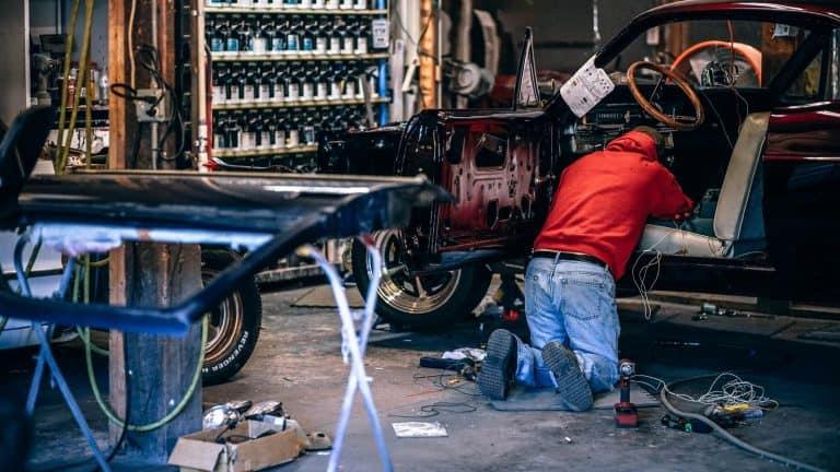 Arbeitsrecht – KFZ Mechaniker